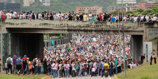 venezuelani in fuga