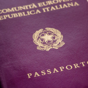 passaporto: immigrazione in italia