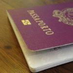 cittadinanza: immagine di un passaporto