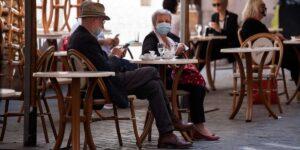 La pandemia che elimina i più anziani. Longevità in discussione?